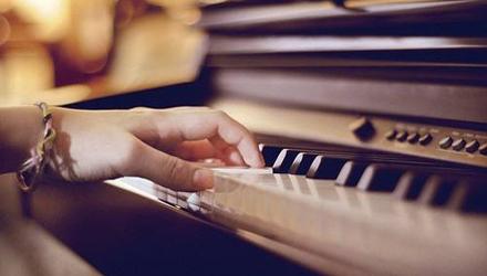 慕翌文化音乐教室-钢琴培训