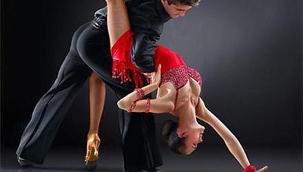艾诗琳―少儿拉丁舞班